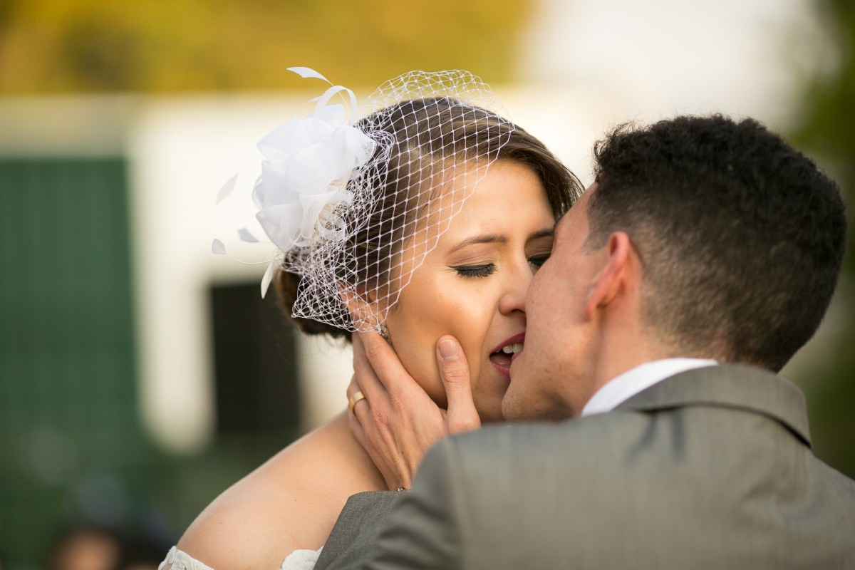 casamento lago norte beijo dos noivos