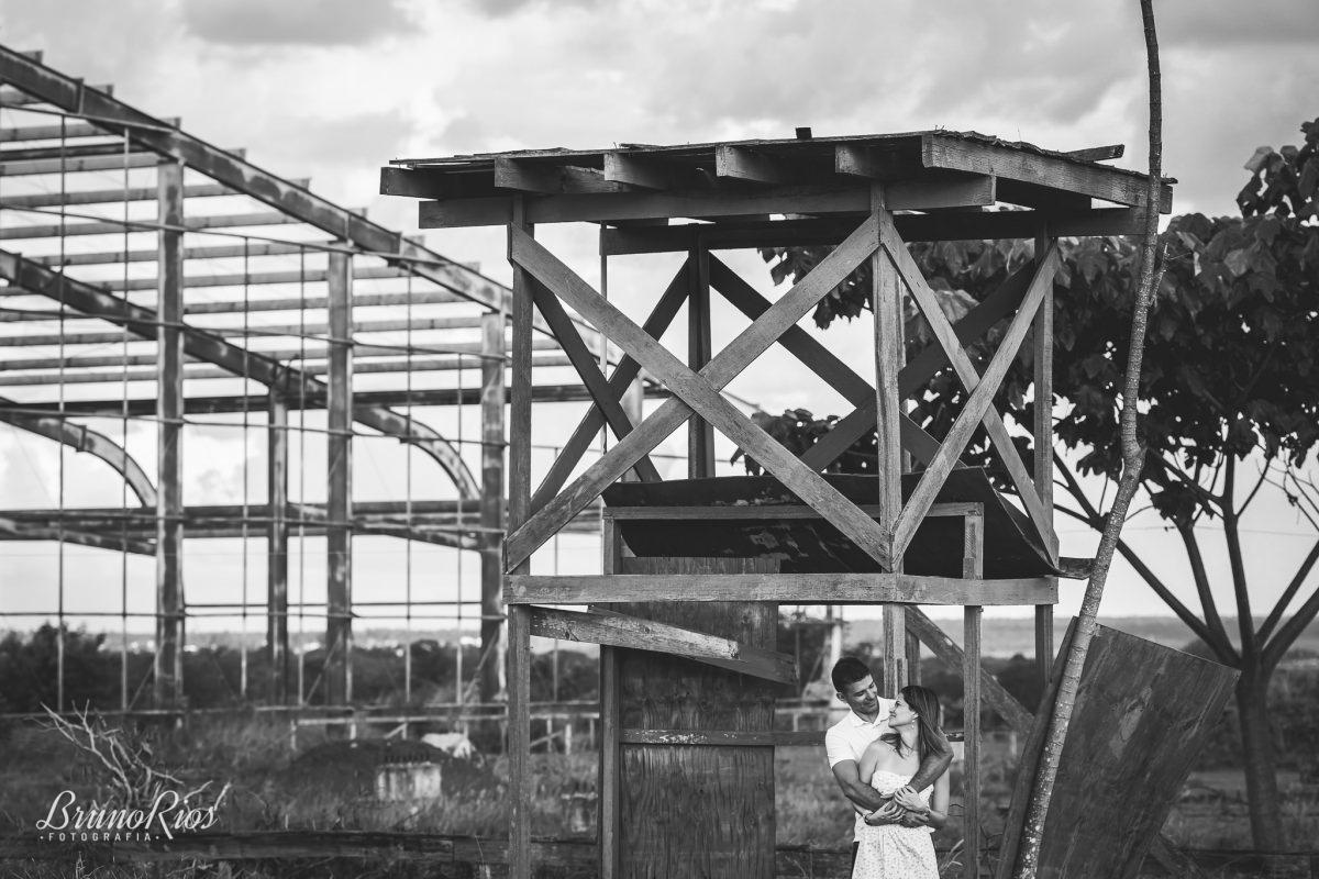 ensaio casal - thais e helvecio - brasília - casamento industrial